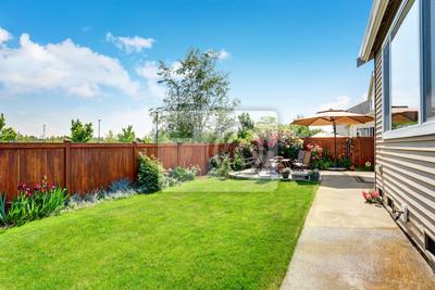 Bild Schöne Landschaft Design für Garten und Terrasse