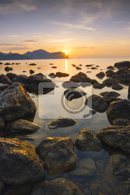 Schöne Meer Sonnenaufgang