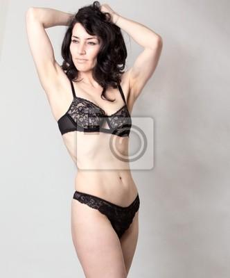 Schöne Reife Frau In Dessous Posiert Im Studio Leinwandbilder