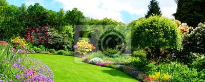 Bild schönes Gartenpanorama