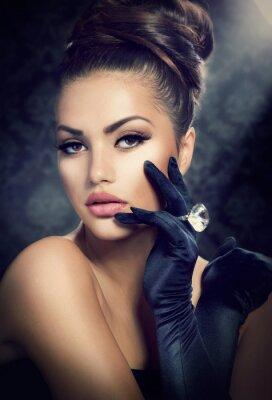Bild Schönheit Mode-Portrait. Vintage-Stil Mädchen mit Handschuhen