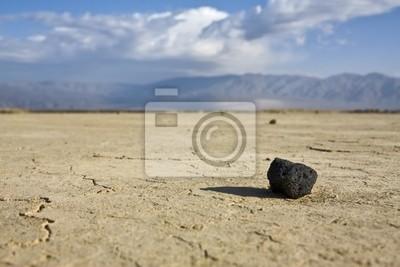 Schwarz Stein in der Wüste im Death Valley
