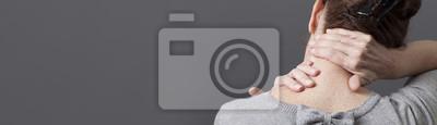 Bild Selbstakupressur für entspannende Schulter- und Rückenschmerzen, graues langes Panorama
