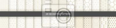 Bild Set of Geometric seamless patterns. Abstract geometric  hexagonal  graphic design print 3d cubes pattern. Seamless  geometric cubes pattern.