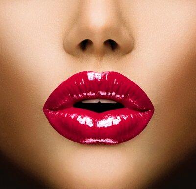Bild Sexy Lippen. Schöne Make-up Closeup. Kuss