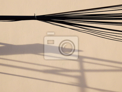 Bild shadow on street wall with wire background