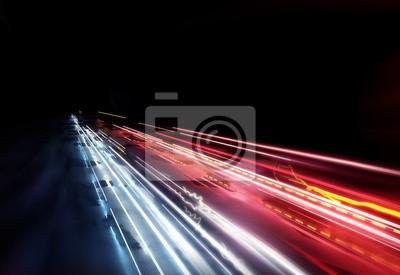 Bild Sich schnell bewegende Ampelspuren, Langzeitbelichtungseffekt. 3D-Darstellung.