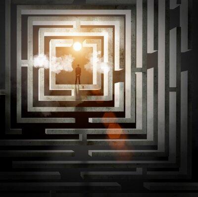 Silhouette der Geschäftsmann im Labyrinth