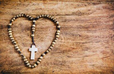 Bild Simple Cross Inside Heart Shape - Rustic