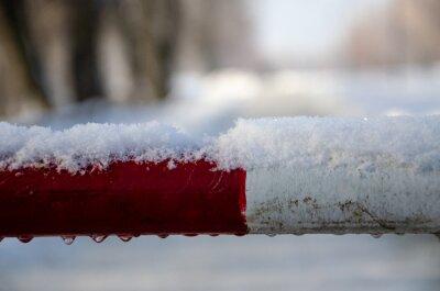 Bild snow covered car in winter