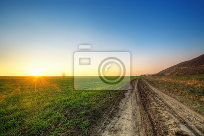 Sonnenuntergang und grünen Bereich