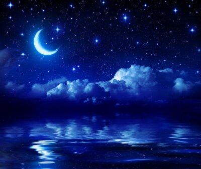 Sternenklare Nacht Mit Halbmond Auf See
