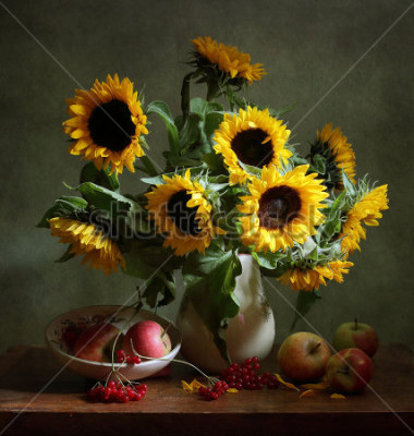Bild Still life with sunflowers and apples