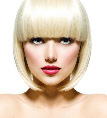 Bild Stilvolle Mode Beauty Portrait. Gesicht des schönen Mädchens Nahaufnahme