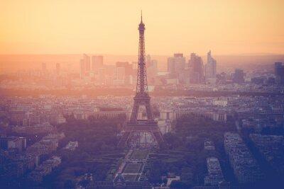 Bild Sunset at Eiffel Tower in Paris with vintage filter