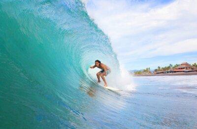 Bild Surfer in einem Rohr