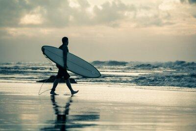 Bild Surfer Silhouette im Sonnenuntergang