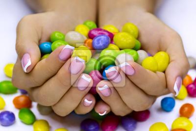 Süßigkeiten in die Hände