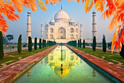 Bild Taj Mahal bei Sonnenaufgang, Agra, Uttar Pradesh, Indien.