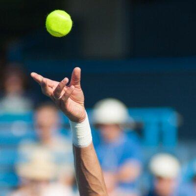 Bild Tennis-Serve