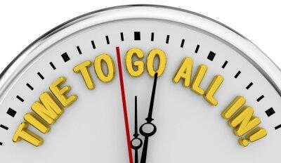 Bild Time to Go All In Clock Deadline Decide Total Commitment 3d Illustration