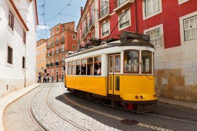 Bild tram on narrow street of Alfama, Lisbon