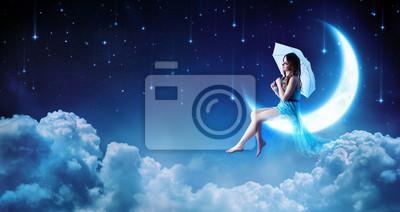 Bild Träumen in der Fantasie-Nacht - Mode Mädchen sitzen auf Mond