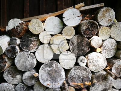 Bild Trocknendes Holz Für Den Kamin Vor Einer Alten Scheune Ein Bauernhof  In Rudersau Bei Rottenbuch