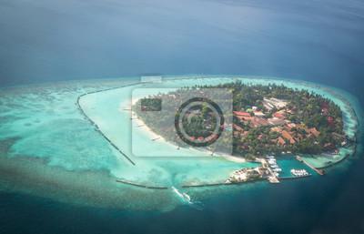 Bild Tropische Inseln und Atolle auf den Malediven aus der Luftaufnahme