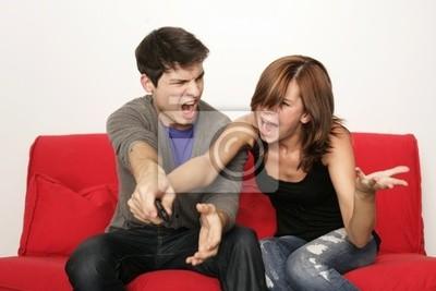 tv  fernbedienung streiten