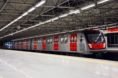 Bild U-Bahn-Zug auf der U-Bahn Station