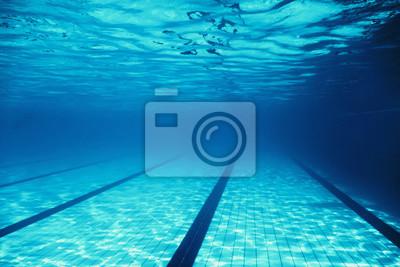 Bild Underwater Empty Swimming Pool