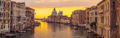 Bild Venedig Stadt und Kanal mit Sonnenaufgang Aussichtspanorama