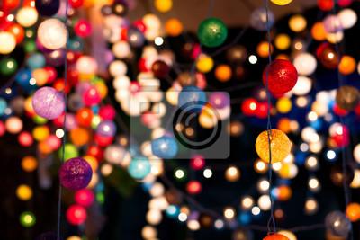 Bild Verschwommener Hintergrund der bunten Licht Ball bei Weihnachten Party Nacht