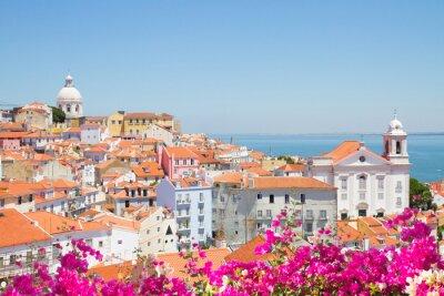 Bild view of Alfama, Lisbon, Portugal