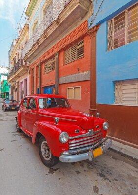 Bild Vintage red Auto auf der Straße der alten Stadt, Havanna, Kuba