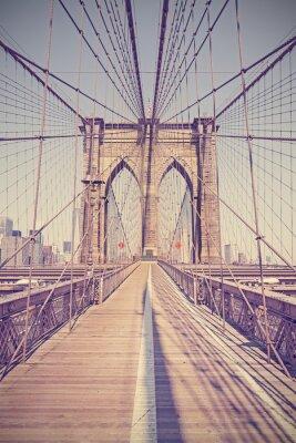 Bild Vintage toned photo of Brooklyn Bridge, NYC, USA.