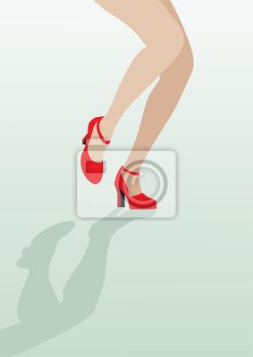 Weibliche Beine in sexy roten Schuhen tanzen auf dem grünen Hintergrund; v