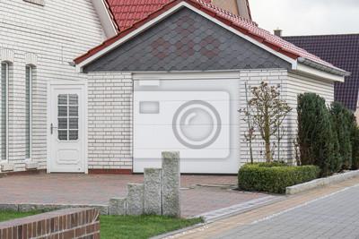 Gemauerte Garage weiß gemauerte garage mit tor leinwandbilder • bilder carport