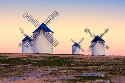 Bild Windmühle in Campo de Criptana, La Mancha, Spanien