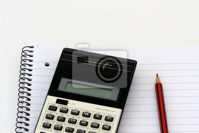 Bild Wissenschaftlicher Taschenrechner und Bleistift auf einem Notebook