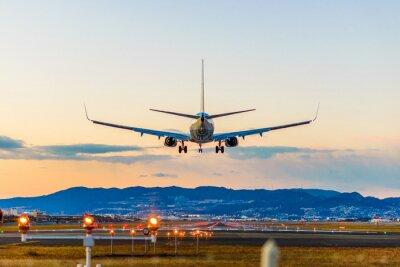 Bild 飛行 場 の 着陸