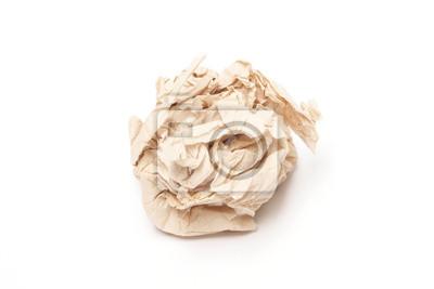 Bild Zerknittertes braun Seidenpapier Ball auf weißem Hintergrund