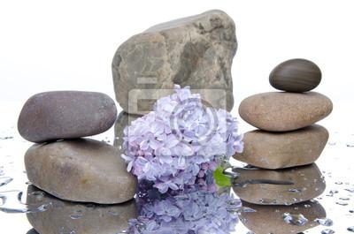 Bild Zusammensetzung von gestapelten Steinen und lila