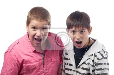 Zwei Teenager Geschrei überrascht