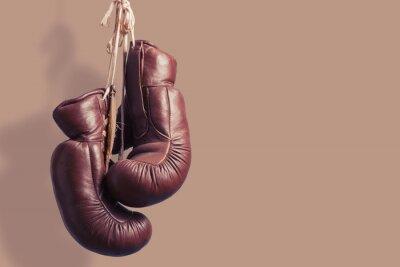 Fototapete alte Boxhandschuhe, hängend