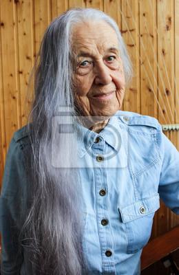 Haaren frauen mit langen grauen Haarschnitte für