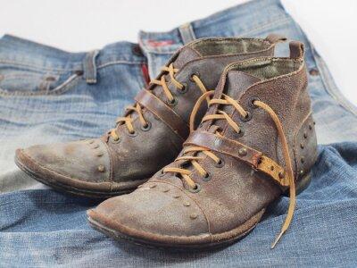 Alte Lederbekleidung Schuhe