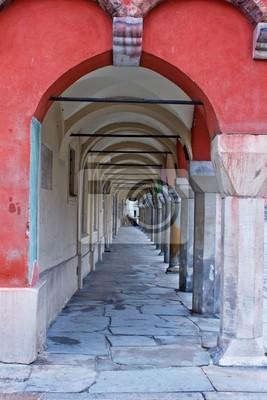 Fototapete Alter Torbogen der alten Häuser in Poznan, Polen