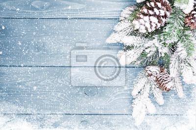 Fototapete Altes Holz Textur mit Schnee und Tannenbaum